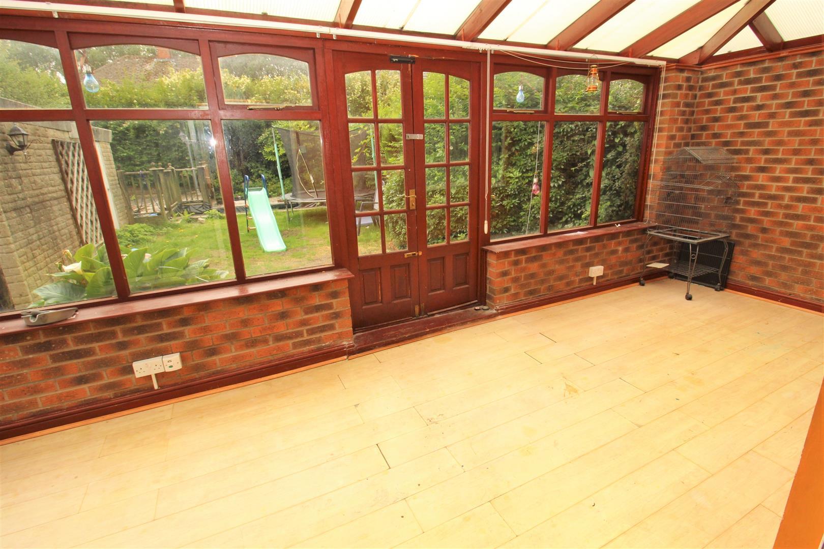 3 Bedrooms, House - Semi-Detached, Emerald Close, Old Roan